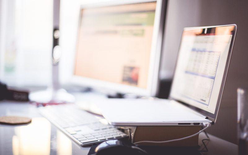 Comment et combien racheter un site de niche ?